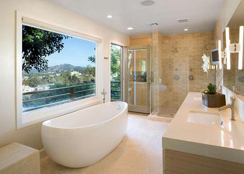 Nhà tắm được trang bị tiện nghi